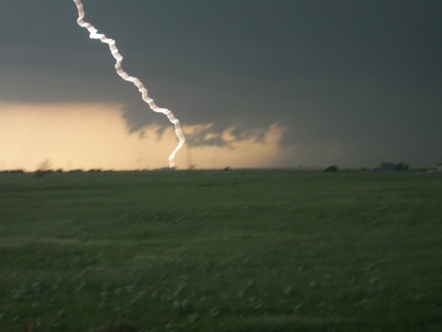 1 mile south of El Reno Looking west