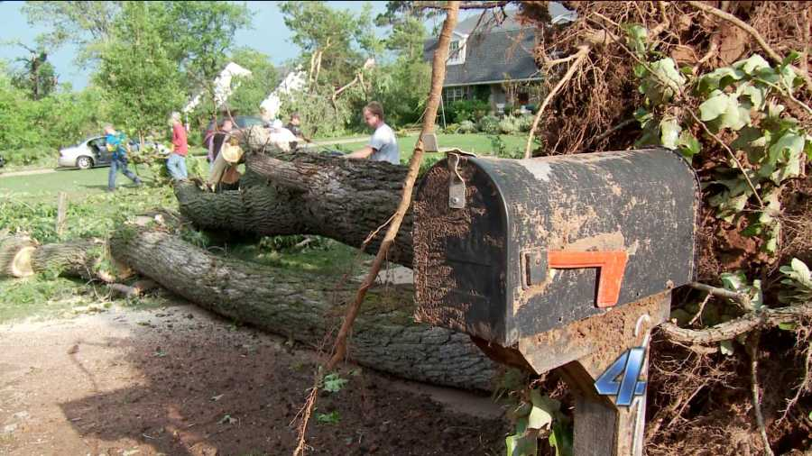 Edmond tornado damage