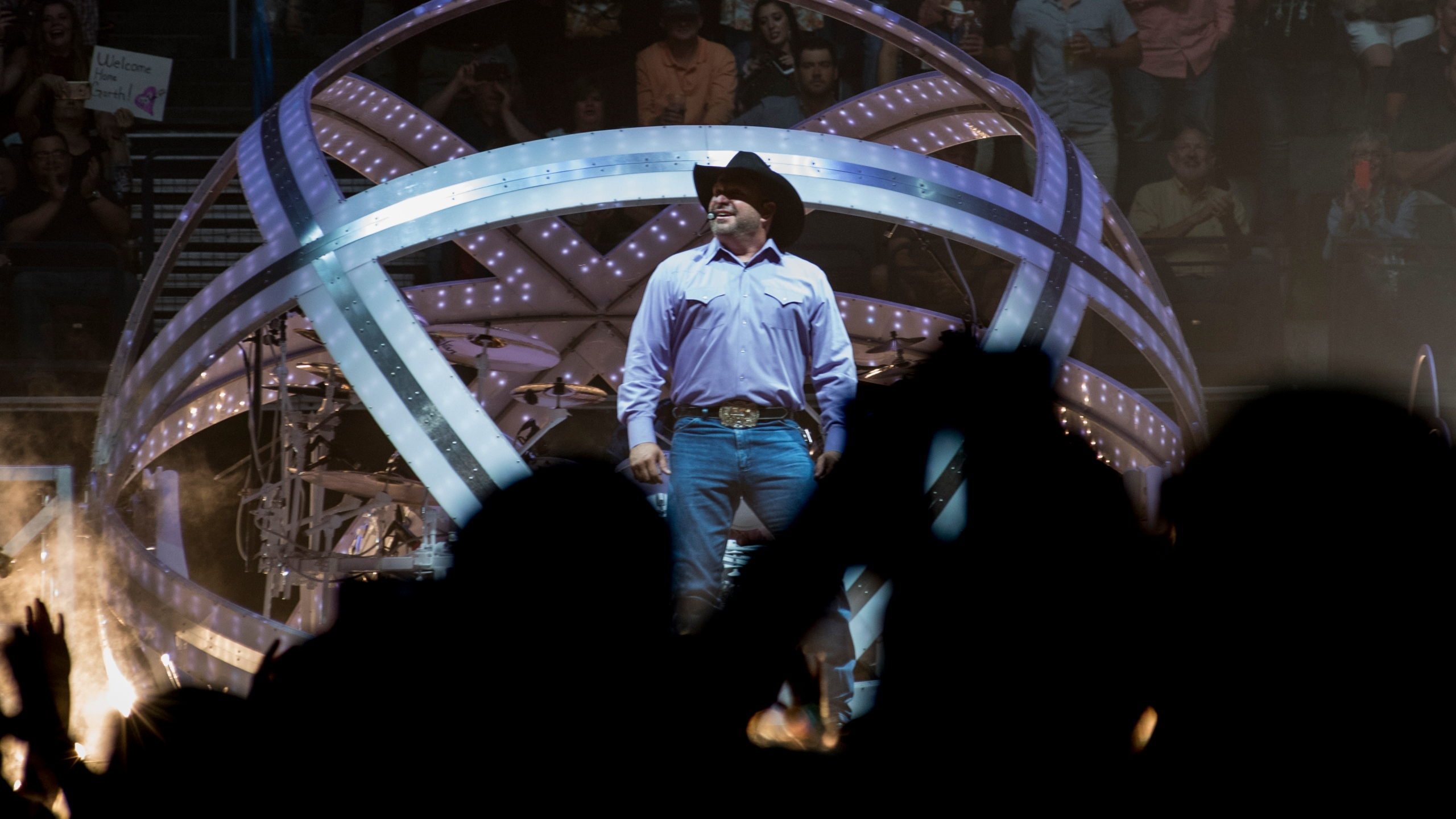 Garth Brooks Oklahoma Concert 2017. Photo by Nick Oxford