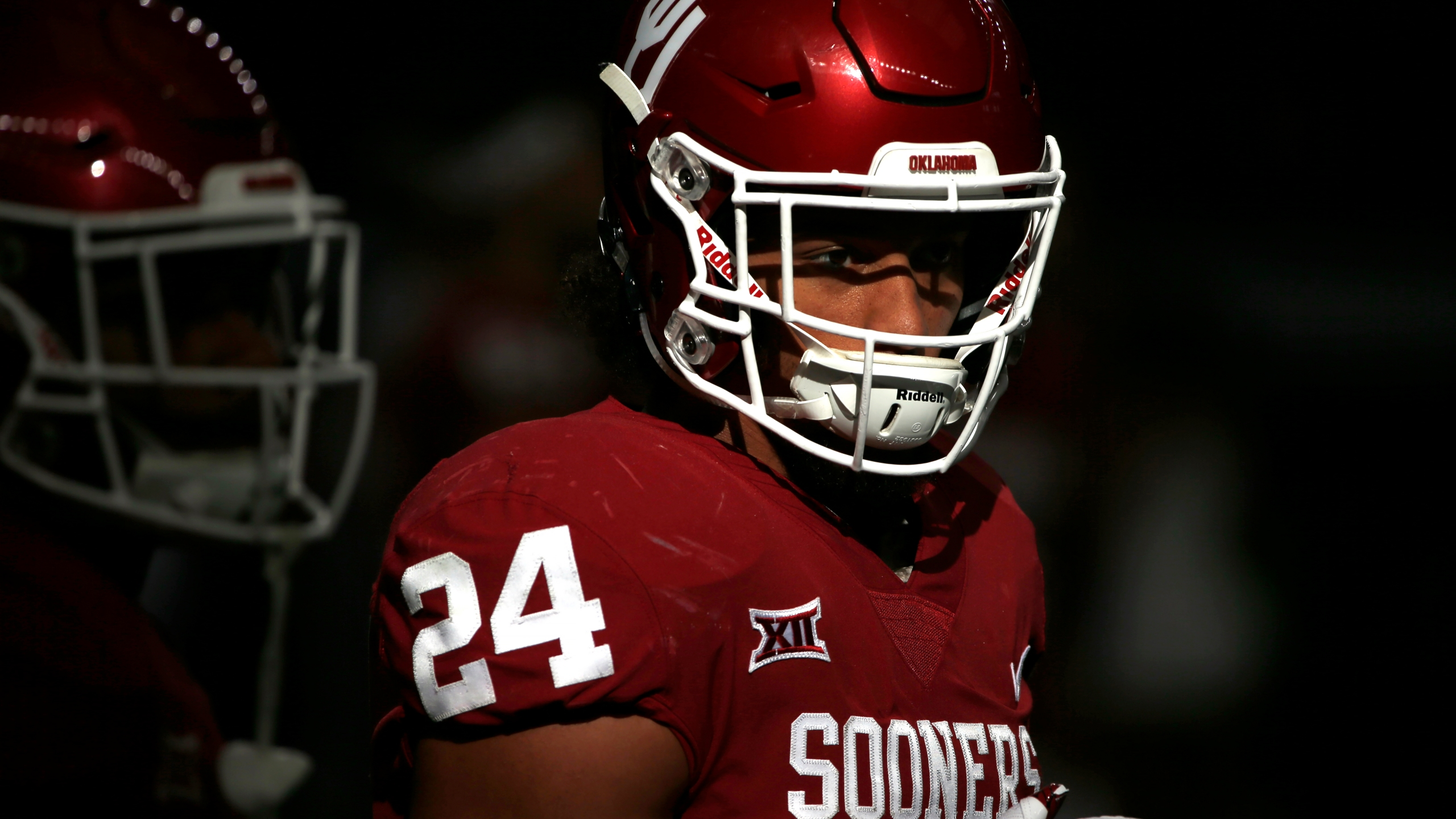 Rodney Anderson #24 of the Oklahoma Sooners takes the field before the Oklahoma Sooners play the TCU Horned Frogs at AT&T Stadium on December 2, 2017 in Arlington, Texas. OU won 41-17. (Photo by Ron Jenkins/Getty Images)