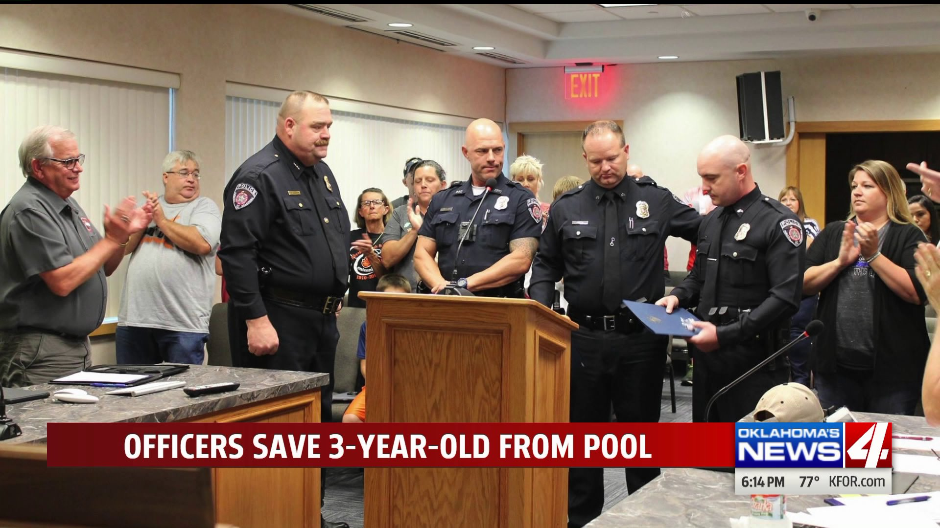 Purcell Police Officers Save 3 Year Old From Nearly Drowning Kfor Com Oklahoma City