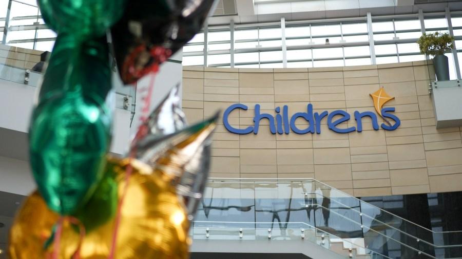 Phantom of the Opera cast members visit Children's Hospital
