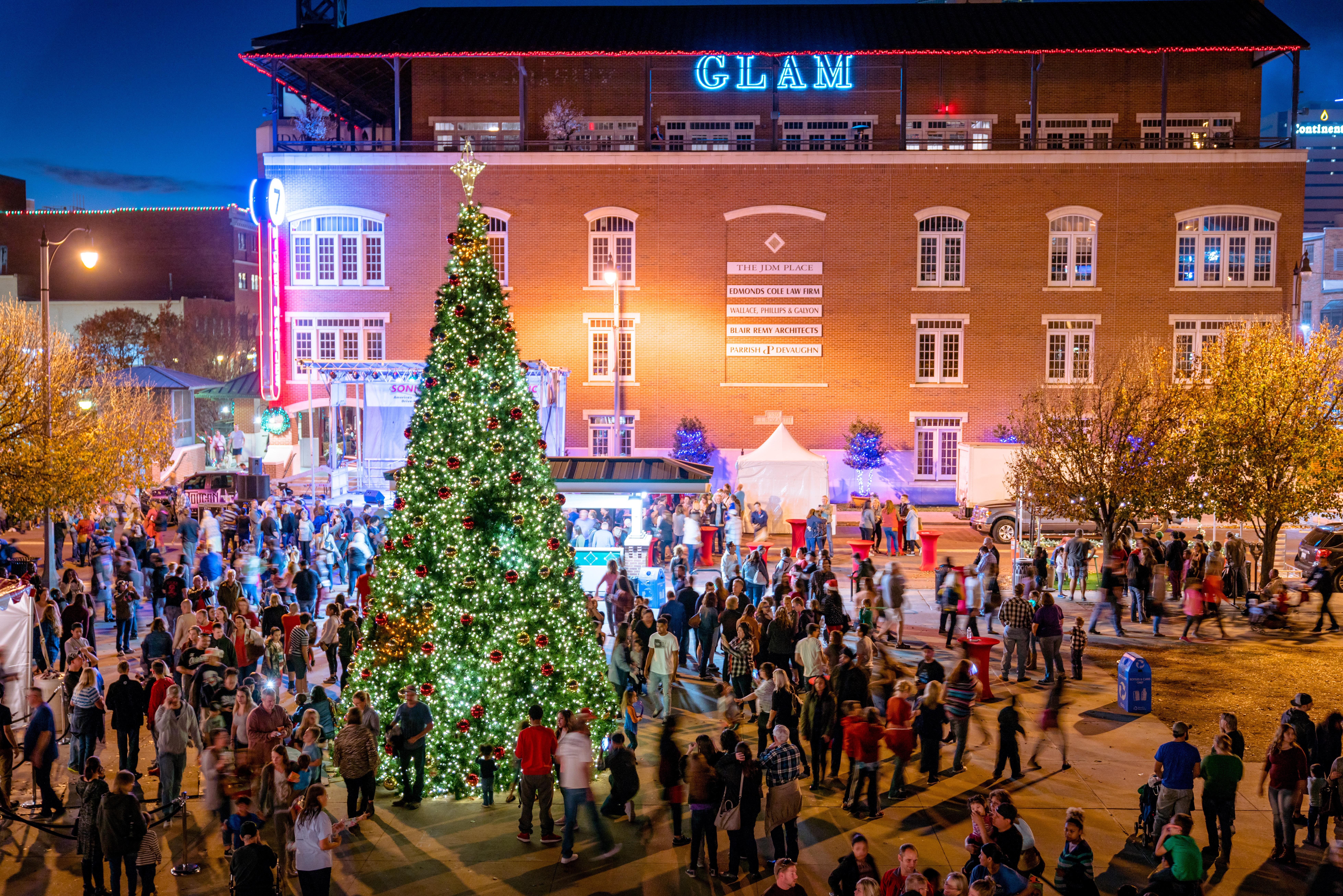 Oklahoma City Tree Lighting Festival to