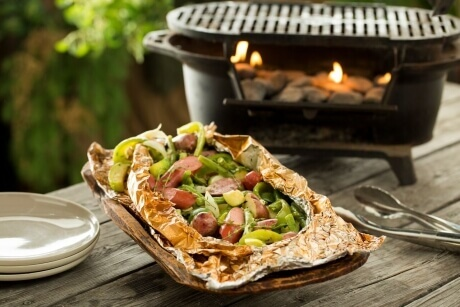 campfire-sausages-and-meats