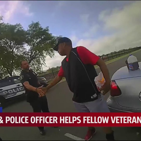 Oklahoma officer helps veteran