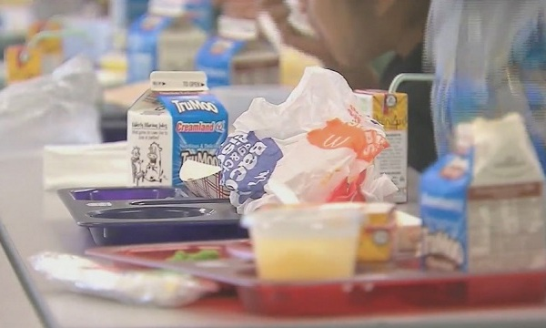 Trays of food at a school cafeteria. (KOIN)