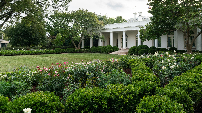 First Lady Melania Trump Unveils White House Rose Garden Restorations Ahead Of Rnc Kfor Com Oklahoma City