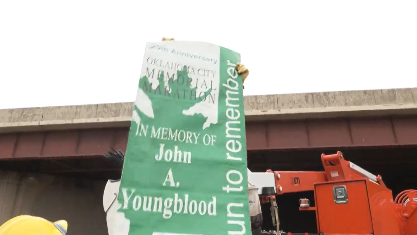 OG&E crews hang banners