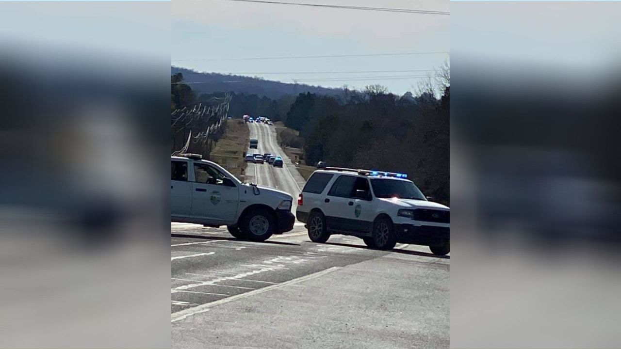Authorities: No explosives found in suspicious vehicle that shut down Tennessee highway