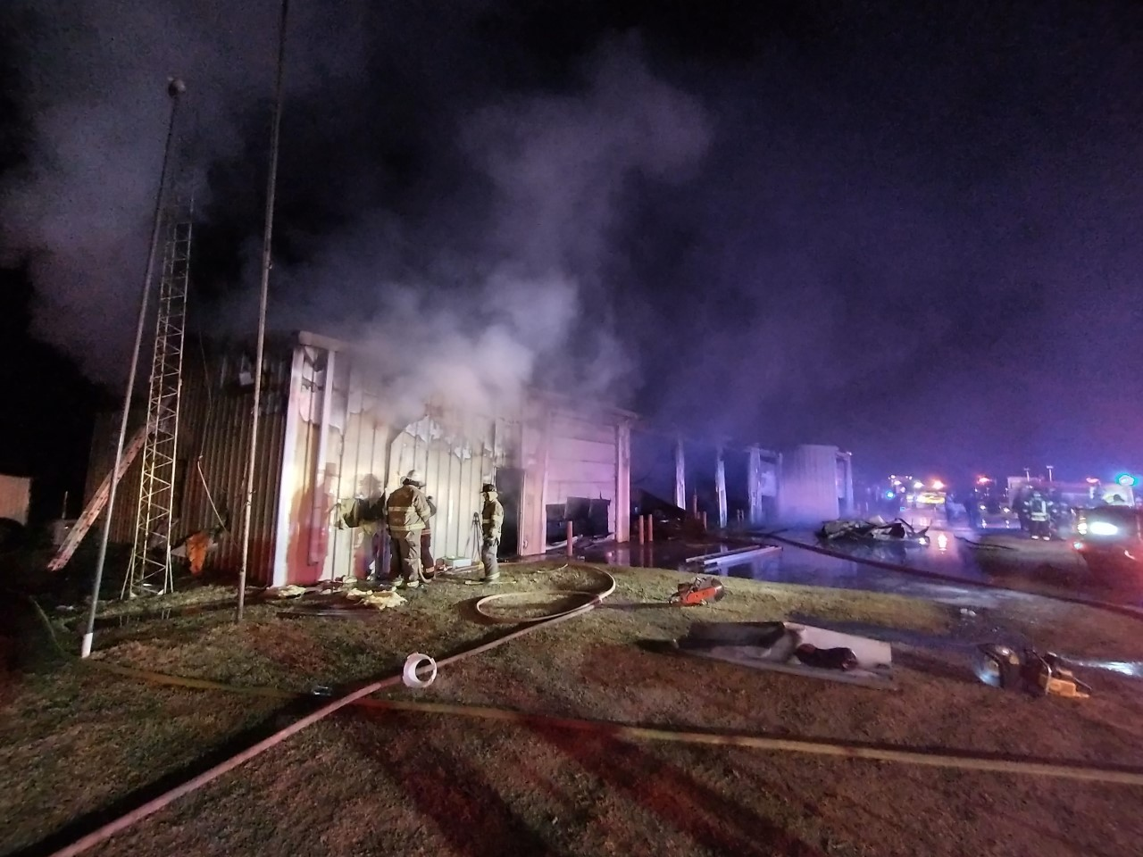 image of fire at Twin Lakes Fire department