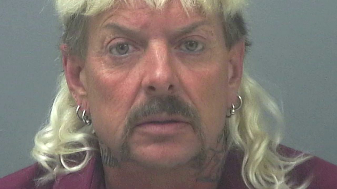 New lawyers for 'Tiger King' Joe Exotic to ask for new trial