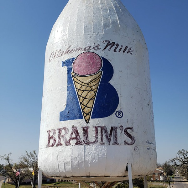 Iconic Braum's milk bottle ad