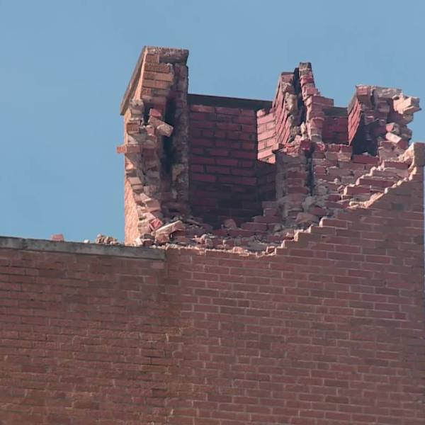 Clean up underway after Shawnee apartment hit by lightning
