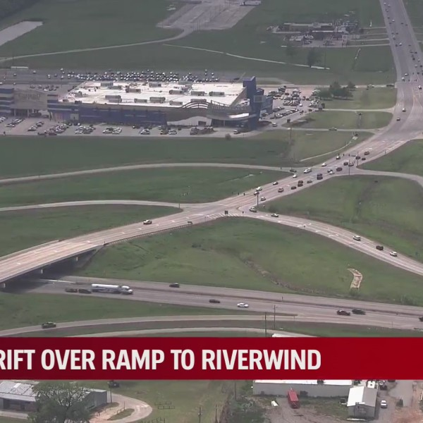 Oklahoma Department of Transportation discusses proposed I-35/Hwy. 9 flyover ramp