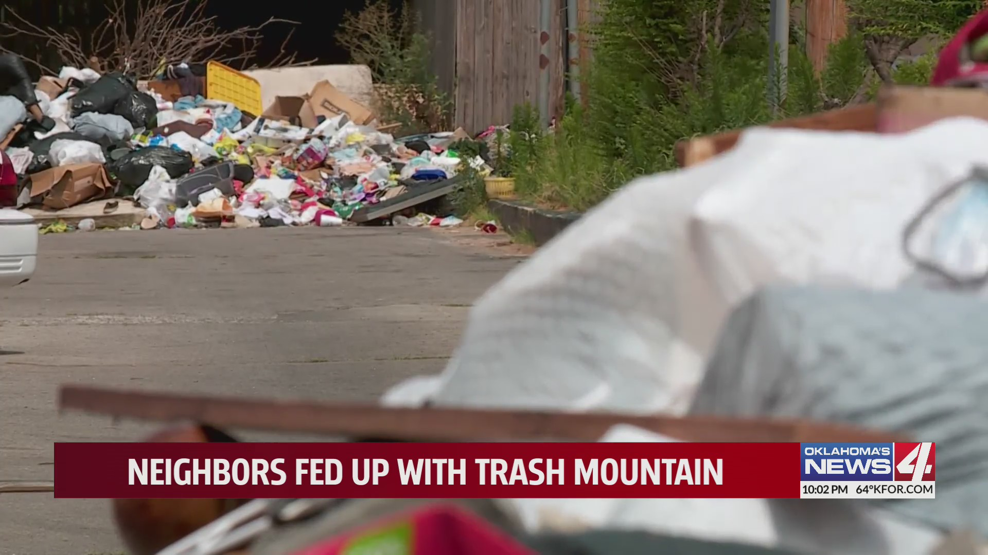 trash pile at five star copperwood apartments