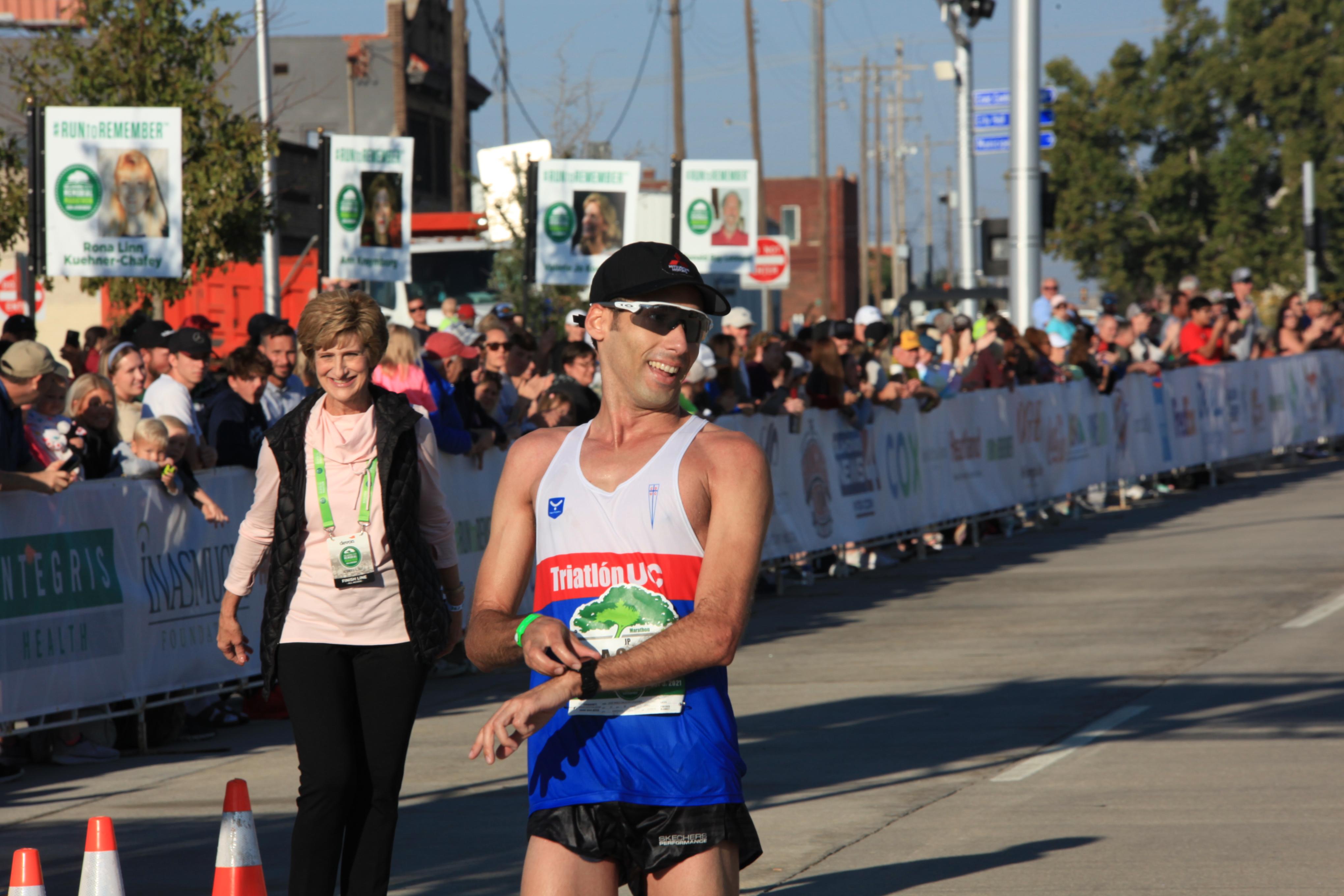 Jose Pablo Salazar Ezquerra wins the Men's Oklahoma City Memorial Marathon 2021