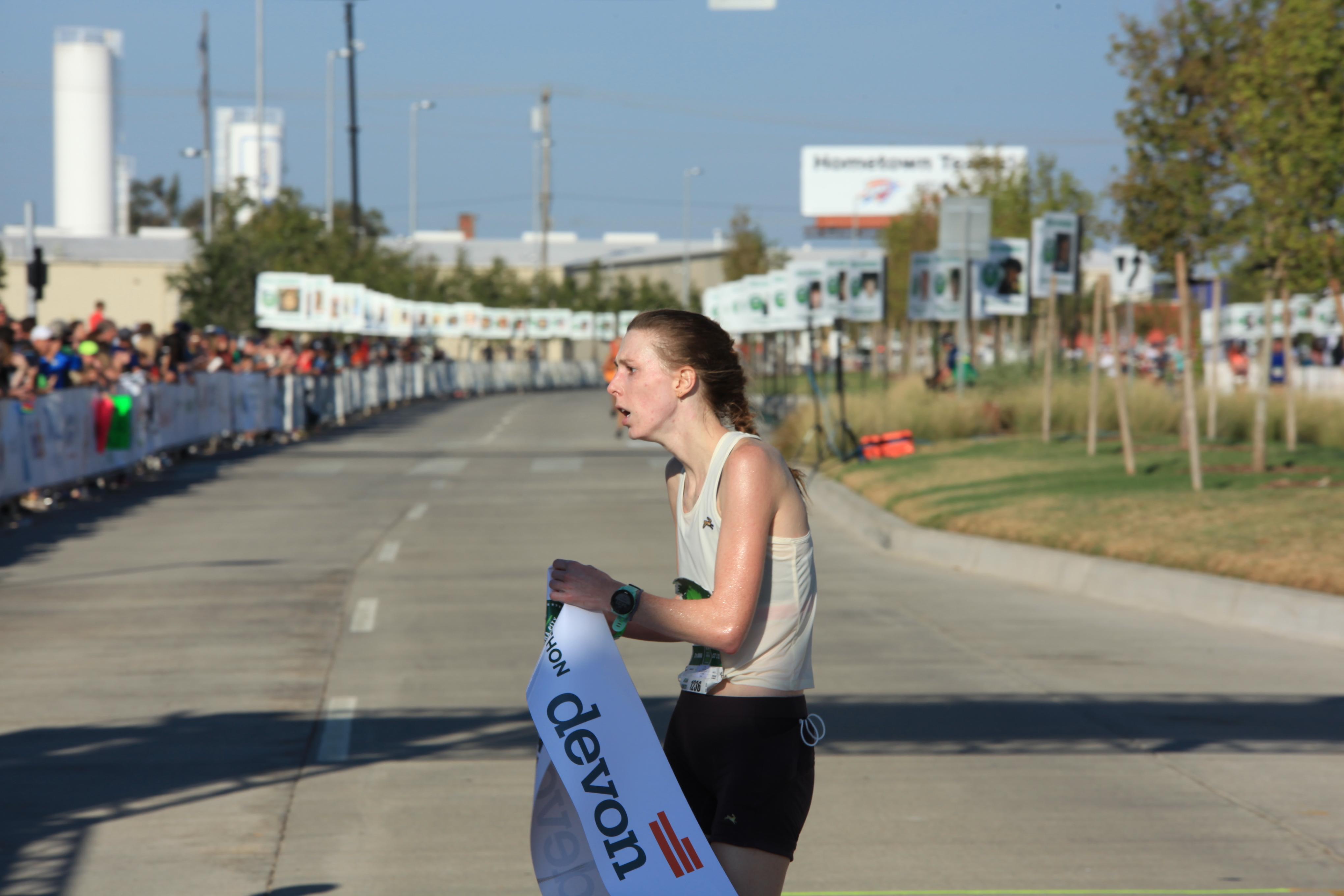 Layne Hammer wins the Women's Oklahoma City Memorial Marathon 2021